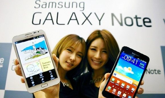 Galaxy-Note-girls