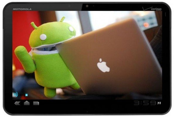 Tablet-Android-vs-Apple-595x400