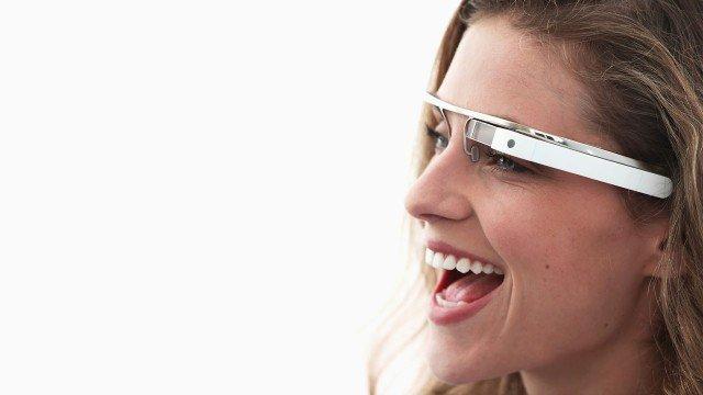 google-glass-girl-2-640x360
