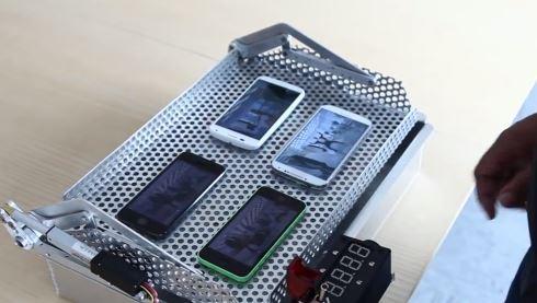iphone-vs-moto-x-vs-galaxy-s4