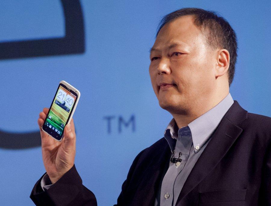 20120226_Peter_Chou_HTC_One_MWC_002_900x685