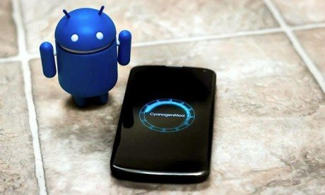 CyanogenMod Blue Android 640x385