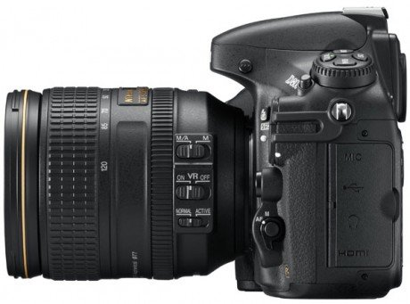 Nikon D800 lato