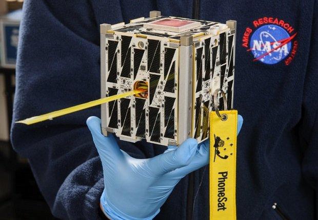 NASAphonesat