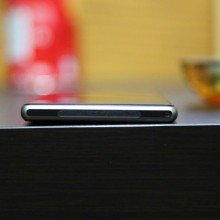 Xperia-Z1-frame-bending-for-no-reason-claim-users (1)