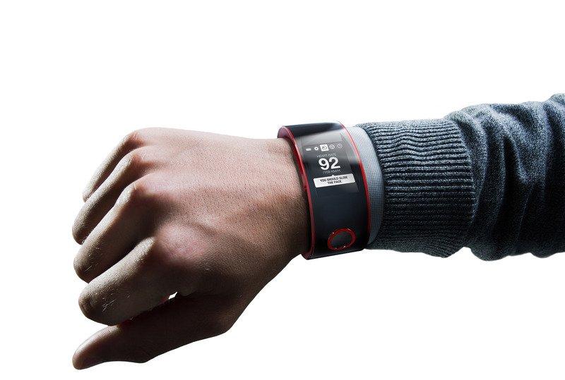 Nissan_Nismo_Watch_on_Wrist-lg