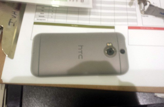 htc-new-one-silver-1-640x420