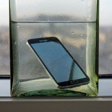 Galaxy-S5-water-resistance-tests (5)