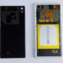 Xperia-Z2-disassembly-guide_6-640x400
