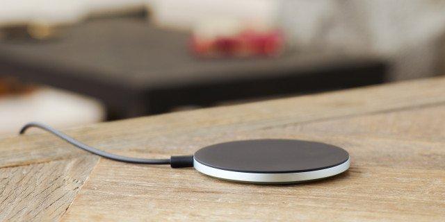 Sony-Wireless-Charging-Plate-WCH10_3-640x320