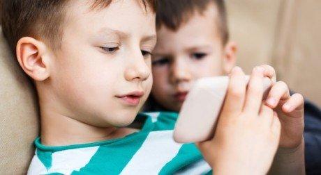 SAR Salute Android Smartphone Cellulari