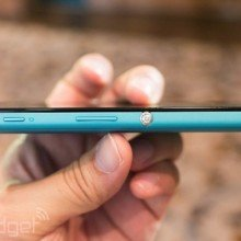 Xperia-Z2a-Hands-on_11-640x426
