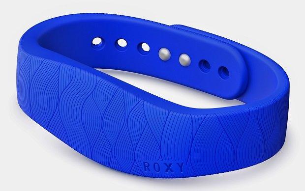 SmartBand with Roxy Product JPG 3