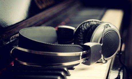 testi canzoni