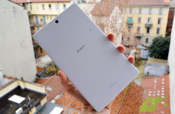 z3-tablet-compact-retro