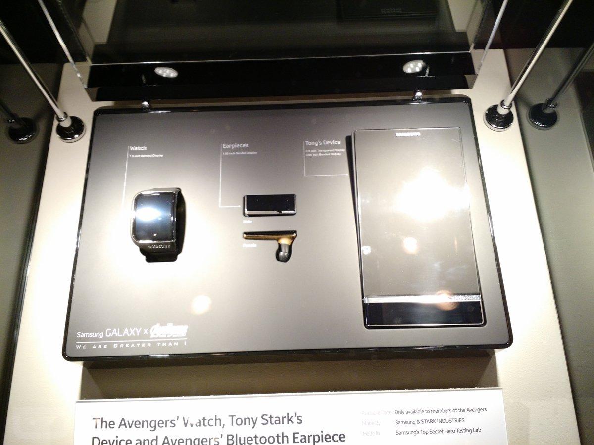 Samsung Ecco I Gadget Di Tony Stark In Avengers Age Of