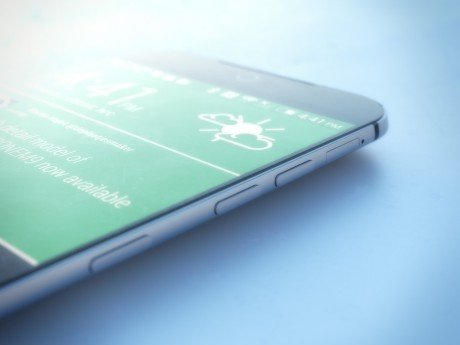 HTC One M9 A
