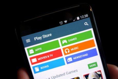 App sempre aggiornate: Google permetterà l'aggiornamento delle applicazioni preinstallate anche senza accedere