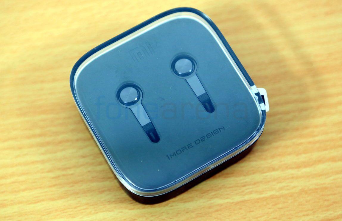 Xiaomi-New-Mi-Headphones_fonearena-01