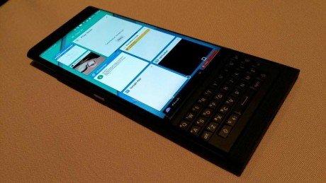 BlackBerry Vince8