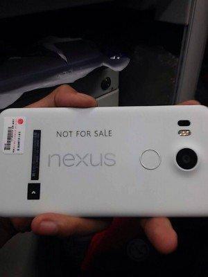 LG-Nexus-5-2015-prototype_1
