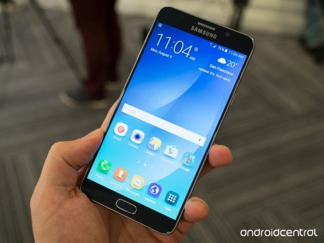 Galaxy note 5 blue front home screen