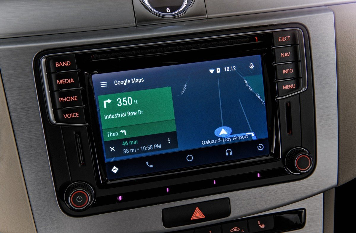 toyota ford peugeot ed altre case si alleano contro android auto e apple carplay tuttoandroid. Black Bedroom Furniture Sets. Home Design Ideas