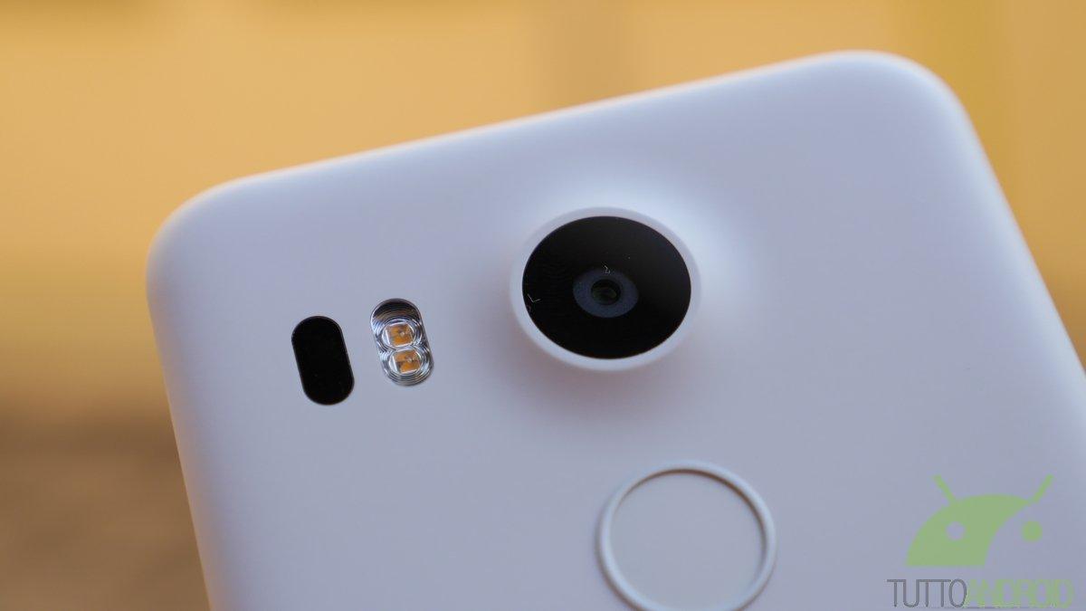Una vulnerabilità su Nexus 5X permetteva l'accesso alla memoria dello smartphone