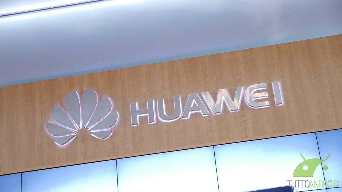 Huawei apre a Milano il primo Customer Service Center d'Europa