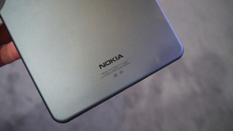 Nokia, le specifiche di due telefoni Android 7 Nougat: Pixel e D1C
