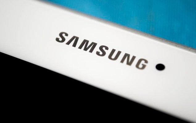 Atterraggio d'emergenza a causa di un tablet di Samsung, ma si tratta di un errore umano