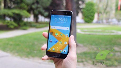 HTC10copertina2