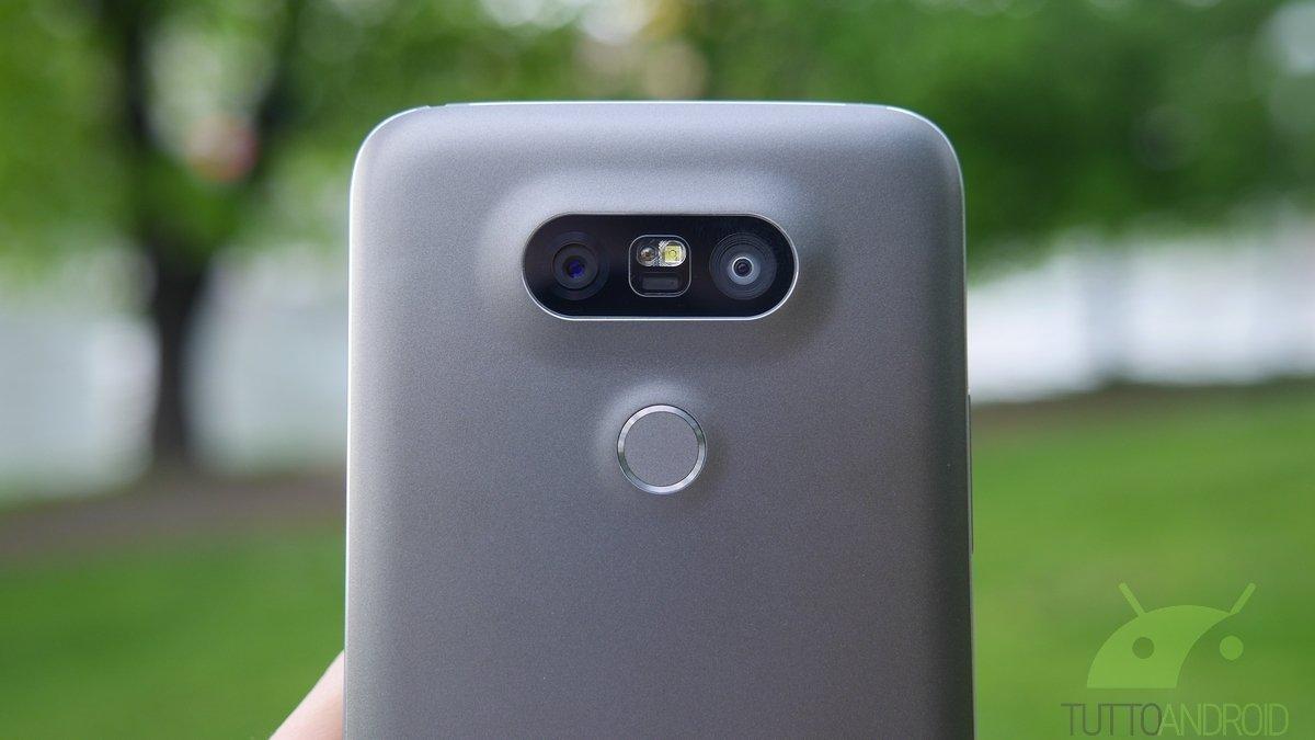 LG G5 Vodafone si aggiorna alla versione 10H con patch di Luglio 2016