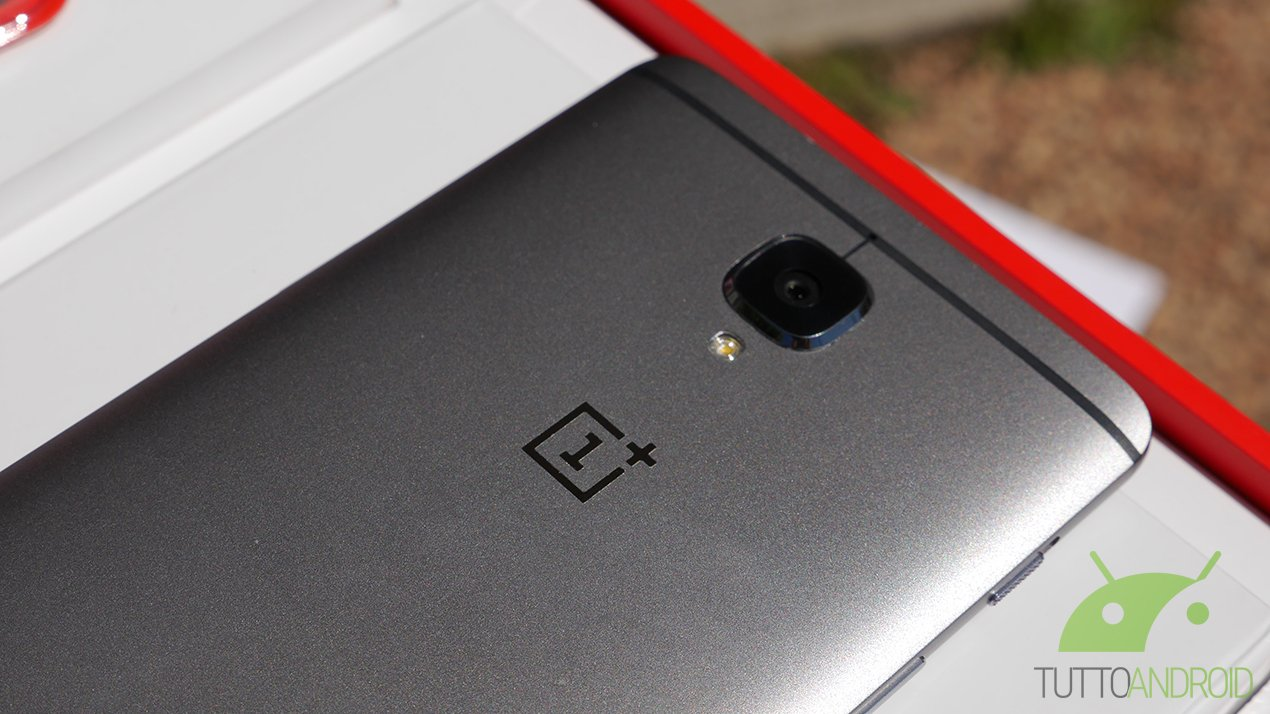 OnePlus continuerà a produrre il suo top di gamma OnePlus 3