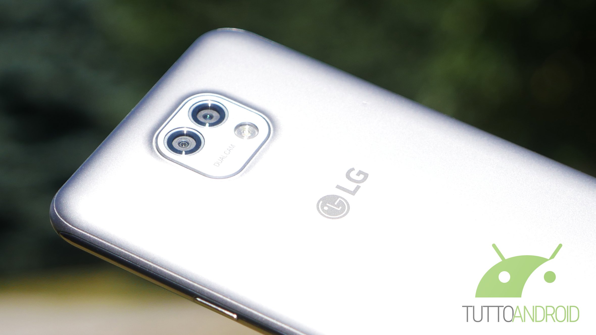 LG V20: un nuovo presunto render svela una doppia fotocamera posteriore