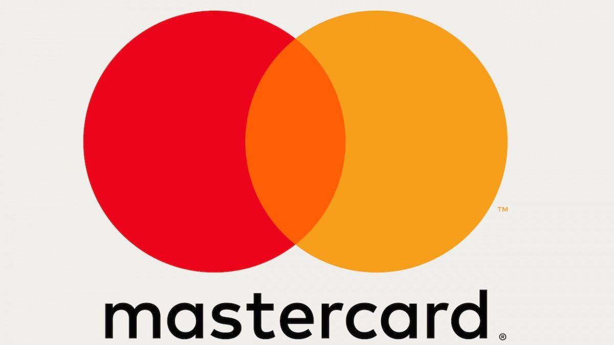Mastercard reinventa il selfie per autorizzare i pagamenti