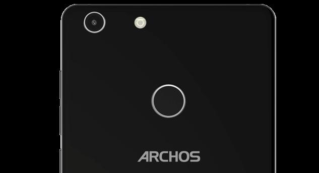 Archos 55 Diamond Selfie e Diamond Selfie Lite ufficiali: ecco specifiche e prezzi
