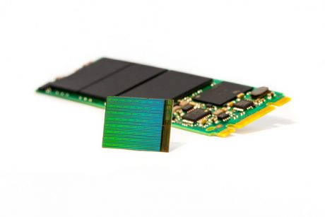 High res 3d nand die w m2 ssd 100644226 large