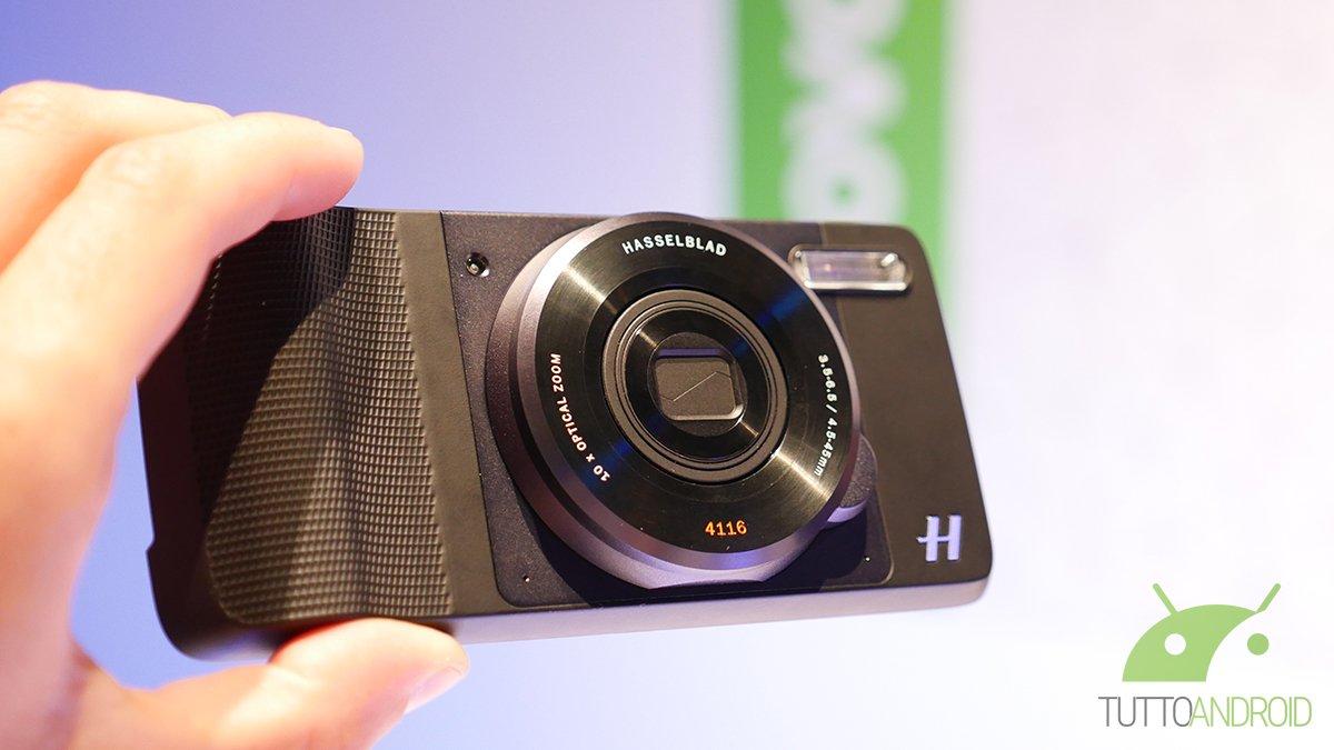Con Hasselblad True Zoom, i Moto Z diventano vere fotocamere: la nostra video anteprima