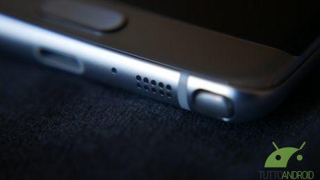 Dimensioni irregolari e difetti di fabbricazione alla base dei problemi di Galaxy Note 7