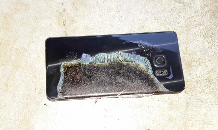 Galaxy Note 7, Samsung spiega perché alcune batterie possono esplodere