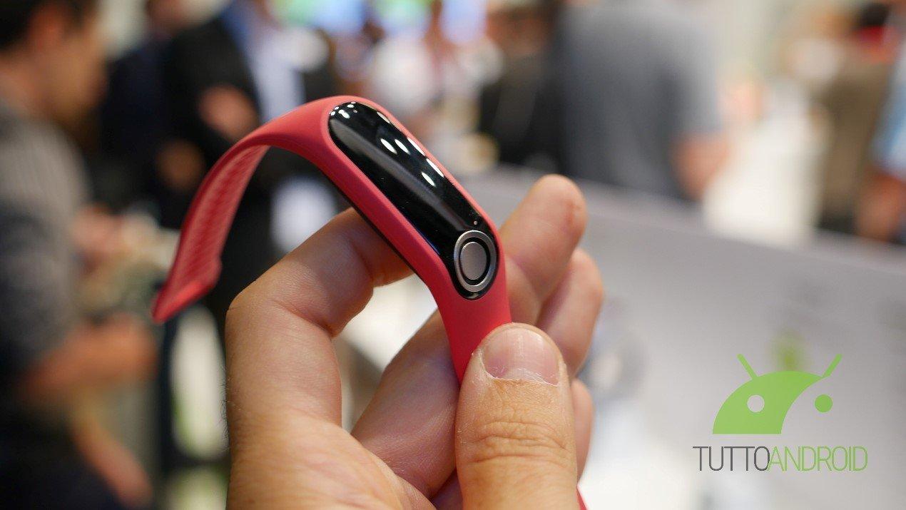 TomTom lancia il fitness tracker TomTom Touch e due nuovi orologi con GPS