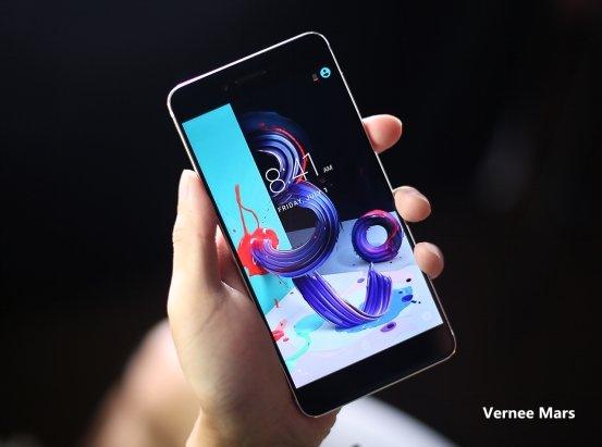 Gli smartphone Vernee in offerta lampo su GearBest