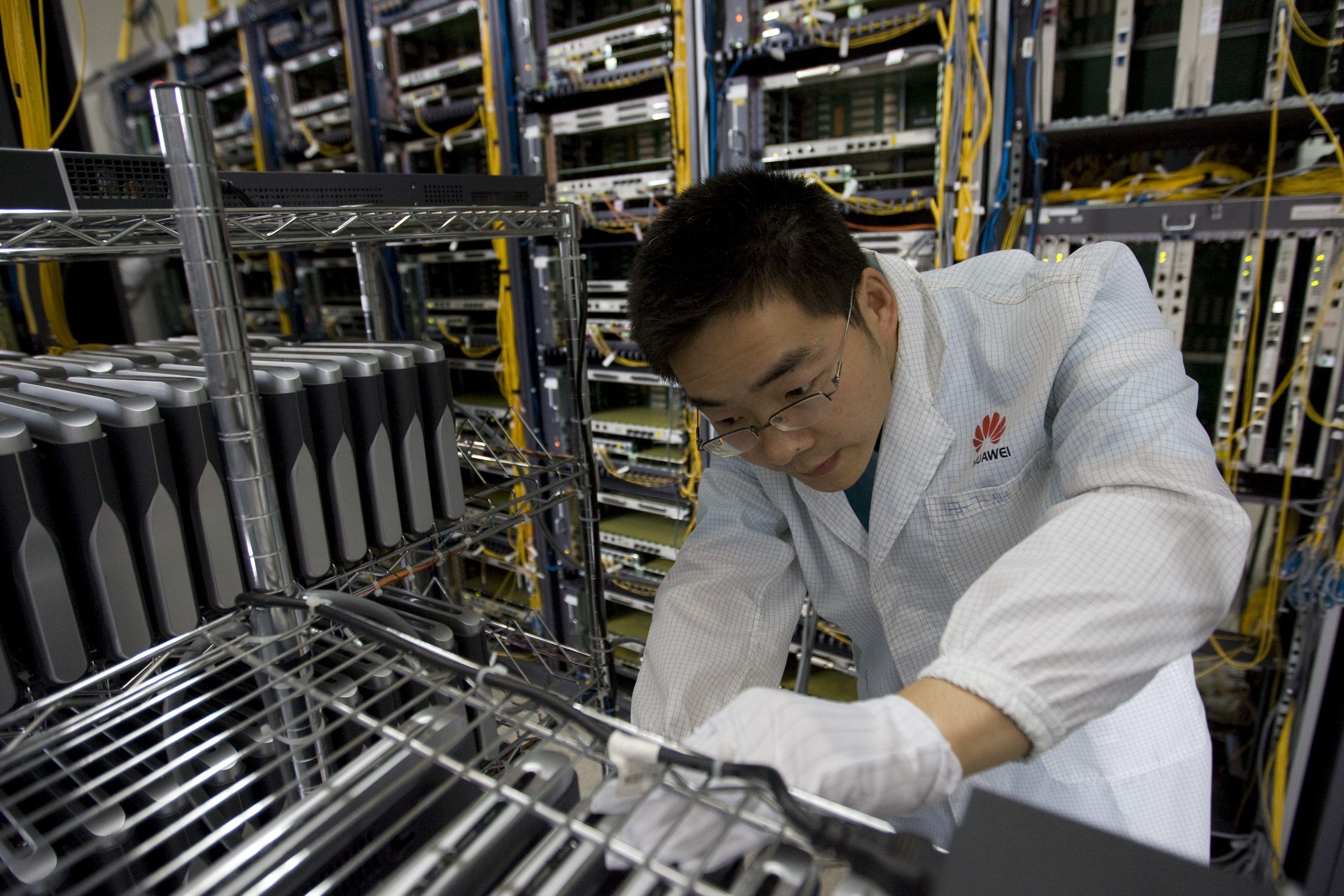 Huawei è pronta ad investire sulle intelligenze artificiali per la manutenzione delle proprie reti