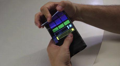 WhammyPhone Bendable Display 5