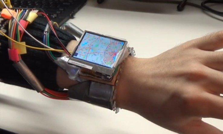 Controllare lo smartwatch muovendo solo il polso? WristWhirl è la risposta…un po' scomoda