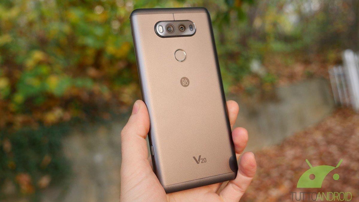 LG ha inserito un root checker in alcuni smartphone, peggiorandone