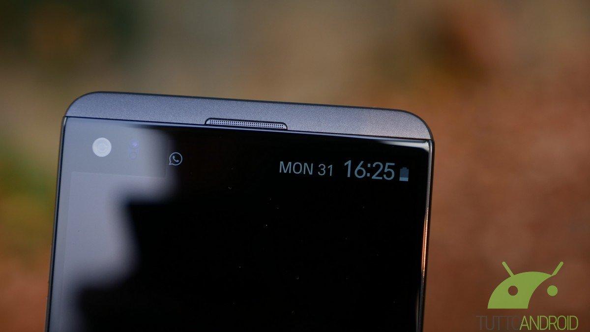 LG V30 non avrà il secondo display secondo Evleaks