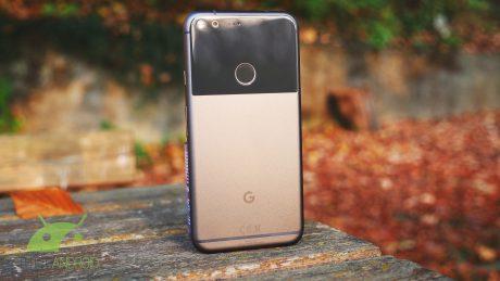 La prima generazione di Google Pixel riceve un aggiornamento con alcune funzioni dei Pixel 2