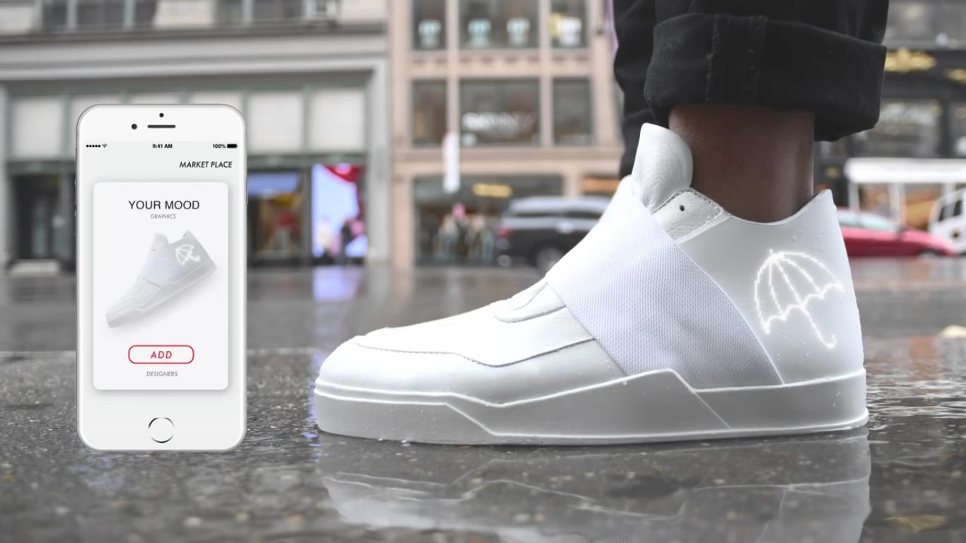 Arriva su Indiegogo Vixole, la prima E-Sneaker